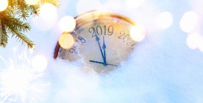 new year's clock moving from 2018 to 2019